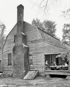 """1936. """"Col. Alfred Cooper homestead. Aventon vicinity,Nash County, North Carolina. Structure dates to 1760; reputed oldest house in county."""" 8x10 inch acetate negative by Frances Benjamin Johnston."""