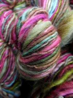 Handspun yarn handpainted BFL wool yarn worsted by Yarnarchy