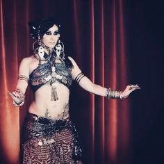 Rachel Brice, Belly Dance Outfit, Belly Dance Costumes, Belly Dance Makeup, Belly Dancing Videos, Dance Videos, Tribal Fusion, Dance Outfits, Dance Dresses