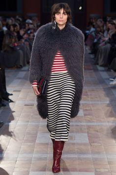 Sonia Rykiel Fall 2016 Ready-to-Wear Fashion Show - Charlee Fraser