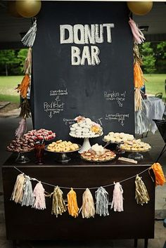 OMG a donut bar?! That's my kind of bar! I love this idea!