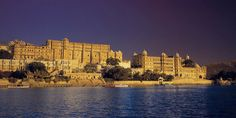 Hotels in Udaipur, Luxury Hotel in Udaipur, India, The Oberoi, Udaivilas, Udaipur Hotels