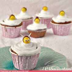 cute kawaii stuff - Epicute: Buzzy Honey Cupcakes