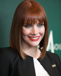Bryce Dallas Howard. She looked so gorgeous in Jurassic World. Hair, makeup, everything just perfect. #hairdare #bob #redhair