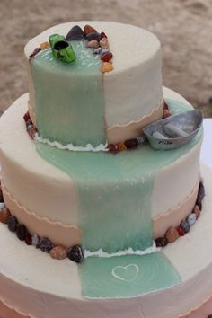 kayak (birthday!) cake ideas Denne!