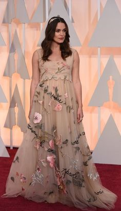 Keira Knightley in Valentino at The Oscars 2015