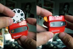 I wish I could find one of these small view masters...the full size ones first became big in the 50's and 60's but they were always black...I still have mine.