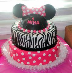 my girls 1st Birthday cake