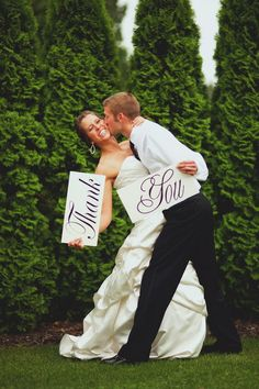 Love this idea for all those thank you cards that will need to be sent! @ Wedding Day Pins : You're #1 Source for Wedding Pins!Wedding Day Pins : You're #1 Source for Wedding Pins!