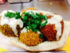 Falafels with pitta bread