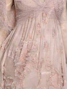 lamorbidezza:  Elie Saab Haute Couture Spring 2010 Details