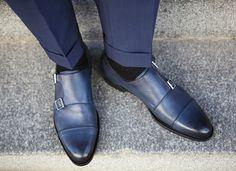 Cool & Chic Style to dress italian II° : Photo Sock Shoes, Men's Shoes, Shoe Boots, Dress Shoes, Man Boots, Male Shoes, Formal Shoes, Casual Shoes, Style Masculin