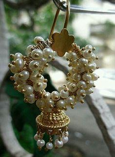 Pearl jhumka
