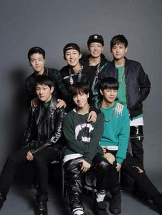 Netizens protest the debut of iKON's B.I due to his father's crimes Bobby, Yg Artist, Yg Entertaiment, Ikon Member, Winner Ikon, Kim Jinhwan, Ikon Wallpaper, Funny Boy, Hip Hop And R&b