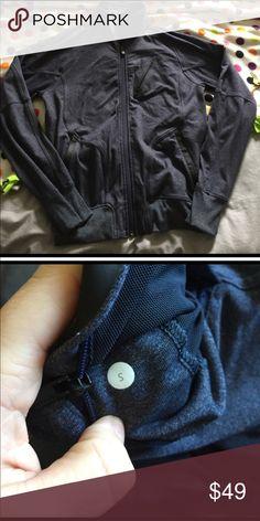 Lululemon Jacket Excellent used condition lululemon athletica Jackets & Coats