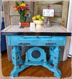 """This piece was paint by """"Pretty Painted Things,"""" from Tennessee.  They used our Light Umber Fluid polish to finish it off…The easiest wax on the market to apply and buff!  http://www.fauxmerchant.com/beautiful.html"""