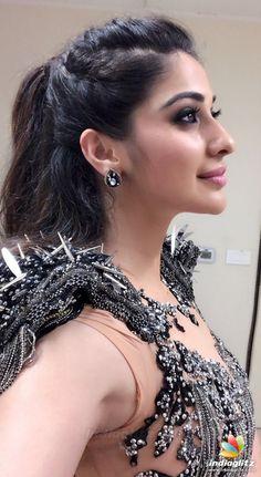 Beautiful Girl Indian, Most Beautiful Indian Actress, Beautiful Girl Image, Cute Beauty, Beauty Full Girl, Beauty Women, Beautiful Bollywood Actress, Beautiful Actresses, India Beauty