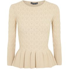 Alexander McQueen Cream textured peplum top (3.740 BRL) ❤ liked on Polyvore featuring tops, shirts, alexander mcqueen, blouses, blusas, cream peplum top, alexander mcqueen top, peplum tops, pink shirt and flared top