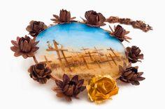 Flowers for the Unforgotten  Copper, resin, cinnamon, pepper, semolina, turmeric, curahuilla strokes, gold leaf, gold plate. Size 18x18cm. Year 2014.
