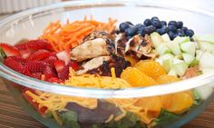 I'd love this even more if it had no cheese :) Grilled Chicken and Fruit Salad 11 Lunches Under 300 Calories