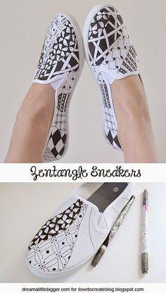 iLoveToCreate Blog: Zentangle Sneakers