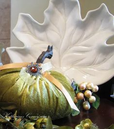 Pieces of Autumn - Katherines Corner Fall Home Decor, Autumn Home, Thanksgiving For Two, Mala Meditation, Craft Shop, Migraine, Family Life, Grandchildren, Giveaways