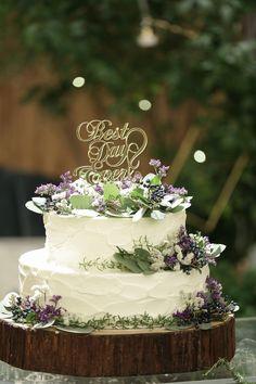 新婦のこだわりが随所に散りばめられている上品で大人可愛いウェディング。会場はグ… Pretty Wedding Cakes, Diy Wedding, Wedding Flowers, Birthday Celebration, Cake Shooters, Sweet Fifteen, 60th Birthday Party, Love Cake, Wedding Cakes