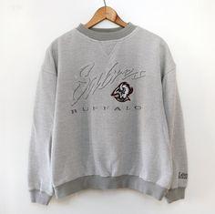 2f0516505 Vintage 90 s Buffalo Sabres Crewneck Sweatshirt SZ M