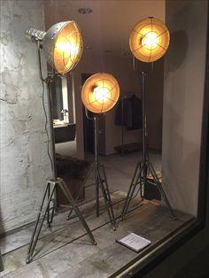 Industrial Look, Vintage Stehlampen, Retroleuchtmittel mit Glühdraht.  Preis 189,95 €