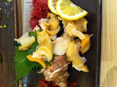 whelk      つぶ貝 Tokyo Food, Sashimi, Oysters, Seafood, Weird, Yummy Food, Plates, Japan, Meals