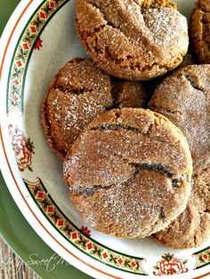 Our family-favorite Old-Fashioned Molasses Sugar Cookies are thick and chewy, have just the right spice and are a little crispy around the edges! And, are great for holiday dessert platters and for gift giving. Peanut Butter Desserts, No Bake Desserts, Dessert Recipes, Yummy Recipes, Recipies, Retro Recipes, Vintage Recipes, Dessert Ideas, Yummy Cookies