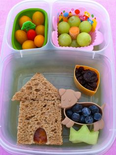 I love this website's lunch ideas! So cute and healthy. #bento #school #pack #lunches #kids #healthy