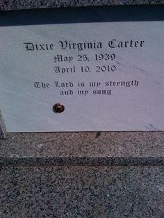 Dixie Carter (1939 - 2010) Actress.
