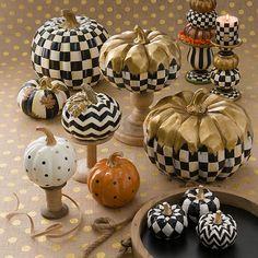 MacKenzie-Childs Dotty Pumpkin – Orange - New Deko Sites Chic Halloween, Halloween Goodies, Holidays Halloween, Halloween Crafts, Halloween Ideas, Thanksgiving Decorations, Halloween Decorations, Autumn Decorations, Fall Decor