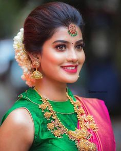 Indian Jewellery Design, Bridal Jewellery, Wedding Jewelry, Beauty Full Girl, Beauty Women, South Indian Bride Hairstyle, Saree Look, Stylish Girl Images, Fancy Sarees
