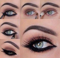 Art Of Eyeshadow: Black And Maroon