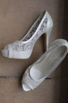Perfect wedding shoes to wear in your Wedding day is everything.The quality and style of the bridal shoes are just as important as your wedding dress, make up and and an others detail. Bridal Wedding Shoes, Bridal Lace, Wedding Dress, Lace Wedding, Wedding Pumps, Dream Wedding, Ivory Shoes, Lace Shoes, Bridesmaid Shoes