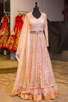Punjabi Lacha Outfit Ideas - 30 Ways to Wear Lacha for Girls Indian Gowns, Indian Wear, Indian Outfits, Ethnic Outfits, Indian Style, Choli Dress, Anarkali Dress, Anarkali Suits, Bridal Outfits