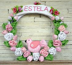 Porta de Maternidade para a chegada de Estela. FEITO POR ATELIER DA DANI