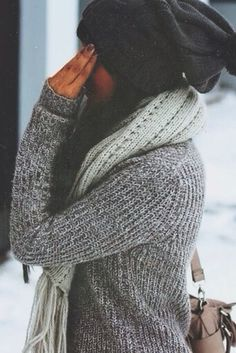 i really need a good knit pullover sweater like this. and probably a good beanie too.