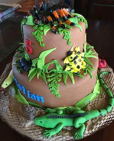 Reptile/rainforest Cake - CakeCentral.com Bug Birthday Cakes, Animal Birthday Cakes, Birthday Parties, 7th Birthday, Birthday Ideas, Reptiles, Lizard Cake, Snake Cakes, Bug Cake