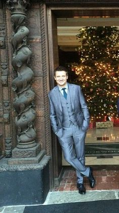 Jeremy Renner, this man in a suit is absolutely lethal...