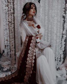 Pakistani Fashion Party Wear, Pakistani Wedding Outfits, Pakistani Dresses Casual, Pakistani Dress Design, Desi Wedding Dresses, Asian Bridal Dresses, Party Wear Dresses, Bridal Outfits, Dress Indian Style