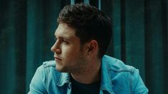 New pictures from Niall's website!