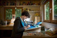 Mies van Hout - Zie de maan schijnt door de bomen... Artist At Work, Childrens Books, Illustrators, Art Spaces, Writers, Studios, Artists, Sculpture, School