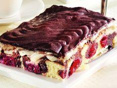 Prăjitură cu cireşe şi budincă de vanilie Tiramisu, Food And Drink, Ethnic Recipes, Tiramisu Cake