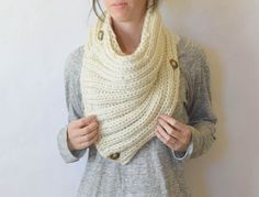 """Two Ways"" Giant Knit Ribbed Cowl Pattern – Mama In A Stitch"