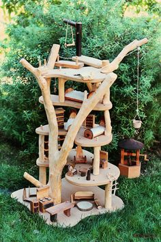 Auction Package No. Waldorf Wooden Magic Fairy Tree House with Miniature… Wooden Tree House, Diy For Kids, Crafts For Kids, Fairy Tree Houses, Wood Crafts, Diy Crafts, Waldorf Toys, Waldorf Crafts, Wood Toys