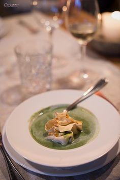 herbal cream soup, herbal soup, spring soup, suppeneinlage, kräutersuppe, Kräuterschaumsuppe, Frühling Suppe; Strudel Suppe Hotel Moserhof, Austrian Hotel, Kärnten, Millstättersee