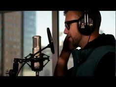 SonReal droppin a verse on the Otis instrumental up in HHV HQ